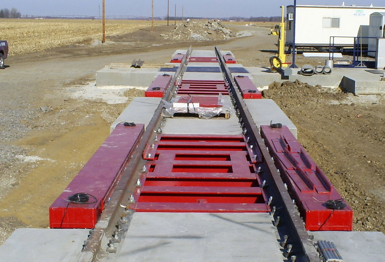 Scales Sales and Service implemented the construction and installation of this Rice Lake triple single above ground railroad track scale – Oakland, NE
